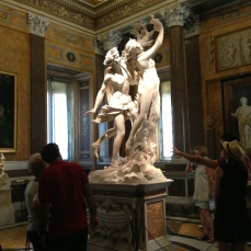 Apollo and Daphne sculpture by Bernini